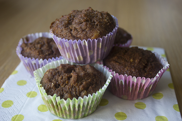 Banaan-wortel muffins met walnoten
